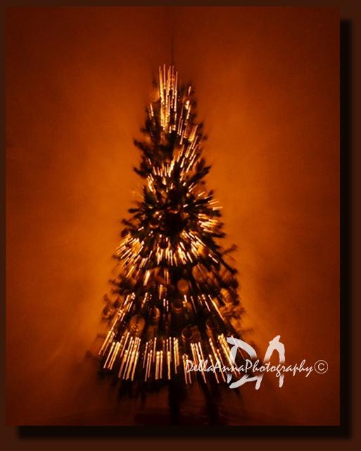 Christmas tree-panning tech.
